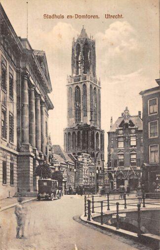Ansichtkaart Utrecht Stadhuis en Domtoren Auto 1922 HC20930