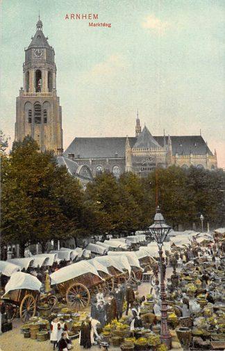 Ansichtkaart Arnhem Marktdag Markt met volk 1908 HC21301