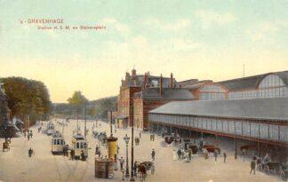 Ansichtkaart 's-Gravenhage Station H.S.M. en Stationsplein HTM Trams Paard en wagens 1907 Spoorwegen HC21455