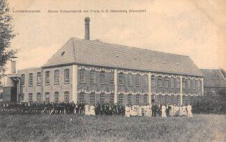 Ansichtkaart Lichtenvoorde Stoom Schoenfabriek der Frima H. B. Sterenburg (voorzijde) met het personeel HC21534