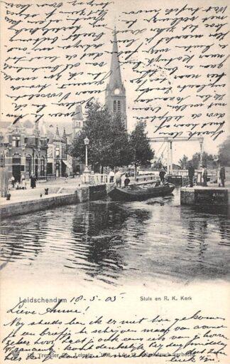 Ansichtkaart Leidschendam Sluis en R.K. Kerk 1905 Binnenvaart schepen Scheepvaart HC21579
