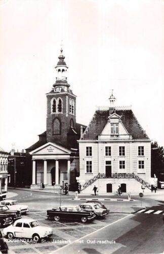 Ansichtkaart Roosendaal (NB) St. Jans kerk met Oud-raadhuis Auto HC21821