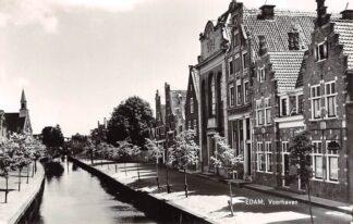 Ansichtkaart Edam Voorhaven met Evangelische Lutherse Kerk voor restauratie 1973 HC21900