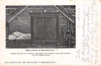 Ansichtkaart Hollandscheveld Diepe armoede Achter de kast is de eenige slaapplaats der weduwe met vijf kinderen op de natten grond Hoogeveen Drenthe HC22022