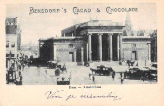 Ansichtkaart Amsterdam Dam met voormalige Beurs Paardentram Trams Reclame Bensdorp 's Cacao & Chocolade HC22096