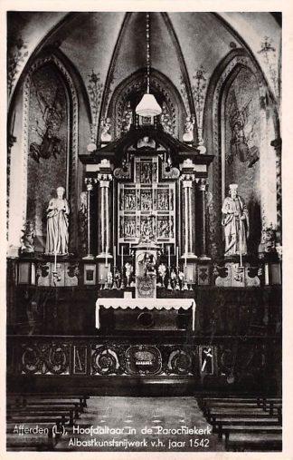 Ansichtkaart Afferden Bergen (LB) Limburg Hoofdaltaar in de Parochie kerk 1952 HC22938