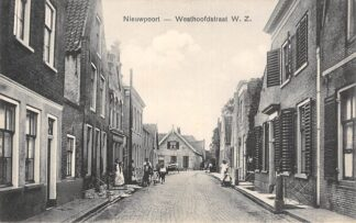 Ansichtkaart Nieuwpoort Westhoofdstraat W.Z. 1915 HC22943