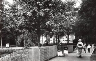 Ansichtkaart Zo was Dordrecht Park Merwestein (Singel-St. Jorisweg) omstreeks 1905 HC23021