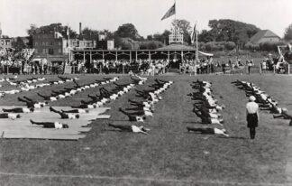 Ansichtkaart Zo was Dordrecht D.F.C. terrein richting Mariastraat 1930 Voetbal Soccer HC23022