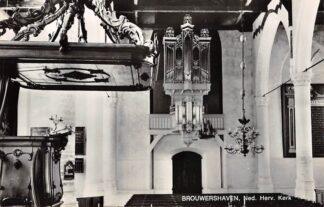 Ansichtkaart Brouwershaven Ned. Hervormde Kerk met orgel 1968 HC23096