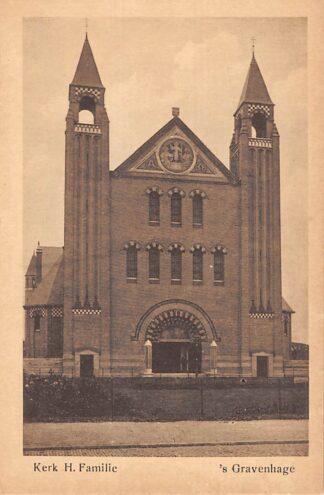 Ansichtkaart 's-Gravenhage Kerk H. Familie Kamperfoelieplein HC23256