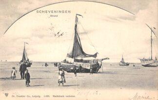 Ansichtkaart Scheveningen Strand vissers schepen op het strand 1903 's-Gravenhage HC23374