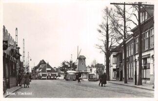 Ansichtkaart Lisse Vierkant met molen 1950 HC23444