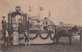 Ansichtkaart 's-Gravenhage Nationaal-Historischen Optocht 5 September 1913 Praalwagen met paard HC23715