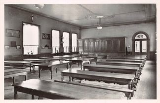 Ansichtkaart Oudenbosch Instituut St. Louis Speelzaal Kleine Cour 1948 HC24128
