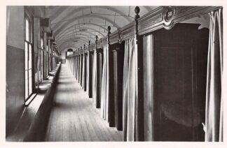 Ansichtkaart Oudenbosch Instituut St. Louis Slaapzaal 1948 HC24156