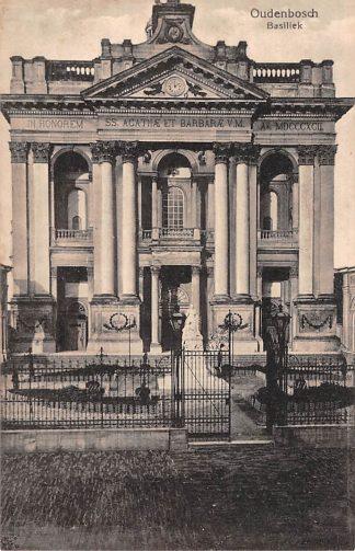 Ansichtkaart Oudenbosch Basiliek HC24215