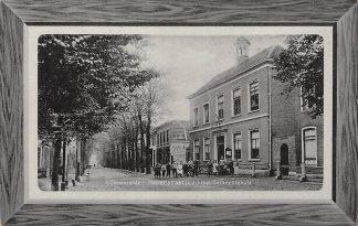 Ansichtkaart 's-Gravenzande Heerenstraat z.z. met Gemeentehuis 1911Westland HC24300
