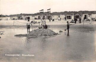 Ansichtkaart Vrouwenpolder Vrouwepolder Strand leven Zee Newo Fotokaart 1940 Veere Walcheren HC24719