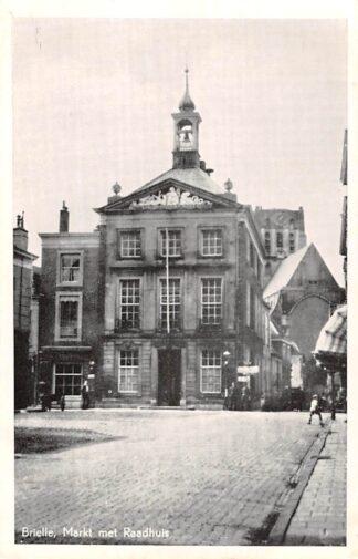Ansichtkaart Brielle Markt met Raadhuis 1955 HC24752