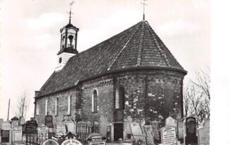 Ansichtkaart Aalsum Anna kerk zuidoostzijde met kerkhof en grafstenen Bij Dokkum Friesland HC24856