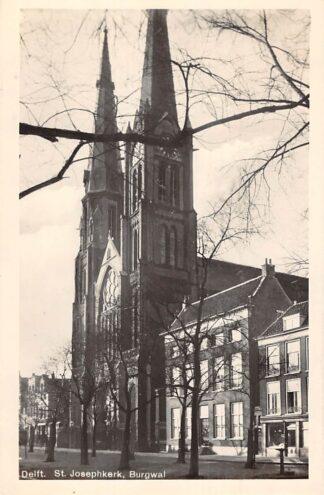 Ansichtkaart Delft Burgwal St. Josephkerk 1936 HC24986