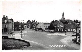 Ansichtkaart Woudenberg De Poort met benzinepomp 1964 HC25159