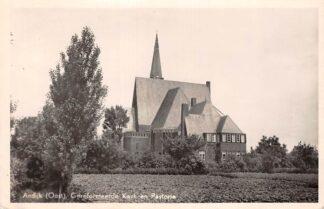 Ansichtkaart Andijk (Oost) Gereformeerde Kerk en Pastorie 1951 HC25188