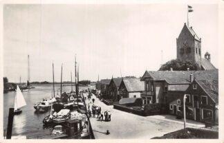 Ansichtkaart Grouw Friesland Kade met binnenvaart schepen 1952 Scheepvaart HC25319