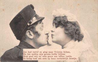 Ansichtkaart Militair Mobilisatie WO1 1914-1918 Jan had verlof en ging naar Trijntje kijken, .... HC25655