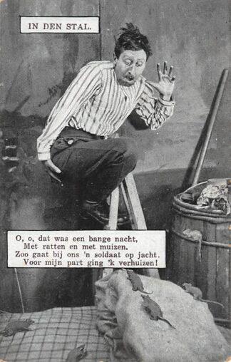 Ansichtkaart Militair Mobilisatie WO1 1914-1918 In den Stal O, o, dat was een ongeluk, met ratten en met muizen ... Humor HC25659