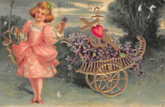 Ansichtkaart Fantasie Kind Geloof Liefde Hoop Reliëfkaart Kleinrondstempel IJmuiden 1905 HC25711