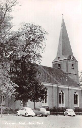 Ansichtkaart Vaassen Ned. Hervormde Kerk Auto VW Epe Veluwe HC25927
