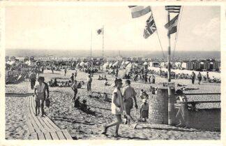 Ansichtkaart België De Panne Het strand 1959 Zee Europa HC25972