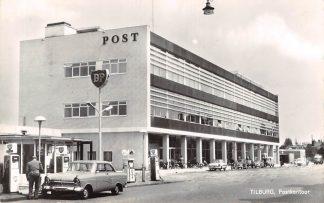 Ansichtkaart Tilburg Postkantoor Benzinepomp BP Auto 1966 HC26294