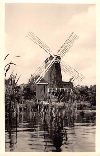 Ansichtkaart Numansdorp Houtzaagmolen in Het Nederlands Openluchtmuseum in Arnhem HC26373