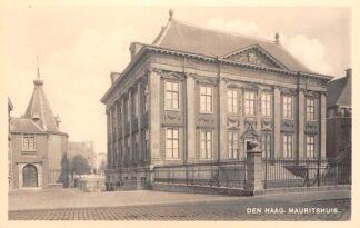 Ansichtkaart 's-Gravenhage Den Haag Mauritshuis met torentje premier Fotokaart HC26400