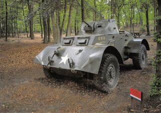 Ansichtkaart Overloon Nationaal Oorlogs- en Verzetsmuseum Tank USA Militair HC26479