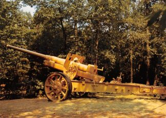 Ansichtkaart Overloon Nationaal Oorlogs- en Verzetsmuseum Museumpark Veldgeschut M31/37 Rusland MilitairHC26481