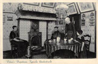 Ansichtkaart Veluwe Veluw's Dorpsleven Typische Klederdracht 1939 HC26540