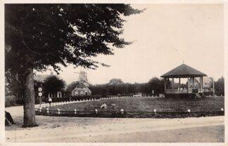 Ansichtkaart Ermelo 't Weidje met Muziektent en molen 1945 Veluwe HC26565