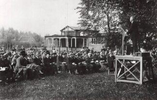 Ansichtkaart Zo was Dordrecht Terrein D.B. v. L.O. aan de Oranjelaan 1934 Openluchtsamenkomst Kerk en Vrede (1968) HC26764