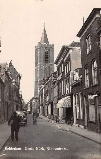 Ansichtkaart Schiedam Grote Kerk Nieuwstraat 1943 HC26802