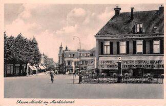 Ansichtkaart Assen Markt en Marktstraat 1944 Hotel Café Restaurant Royal E. Bies Benzinepomp HC26839
