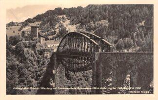 Ansichtkaart Oostenrijk Landeck Arlbergbahn Schloss Wiesberg mit Trisannabrucke Tirol Spoorwegen Osterreich Austria Europa HC26978