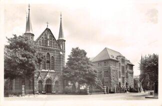 Ansichtkaart Uden Kapel en College 1959 HC26997