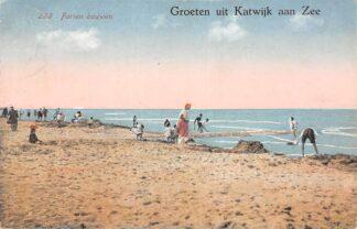 Ansichtkaart Katwijk aan Zee Groeten uit 1925 Forten bouwen op het strand HC27257