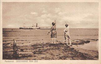 Ansichtkaart Oostvoorne aan Zee Aankomst Provinciale Stoomboot Schepen Scheepvaart 1938 HC27443