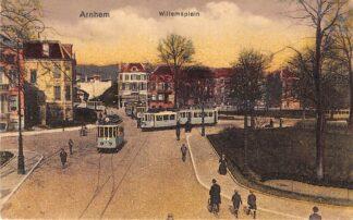 Ansichtkaart Arnhem Willemsplein met trams 1923 HC27599