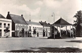 Ansichtkaart Sint-Oedenrode Markt met muziektent 1961 HC27901
